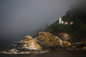 Heceta Head Lighthouse, Yachats, Oregon. Uploaded to Flickr by PhotoScenics.