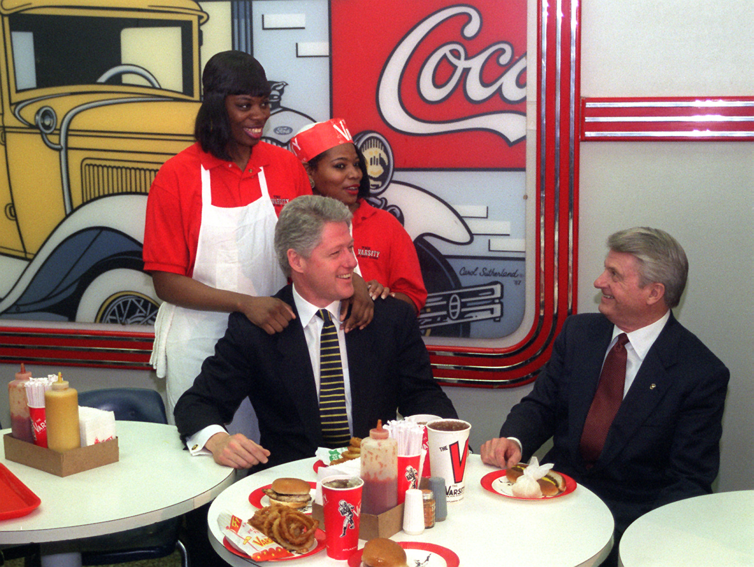 President Clinton ate a grilled chicken sandwich at the Varsity. Pathetic. Photo uploaded by blogs.ajc.com.