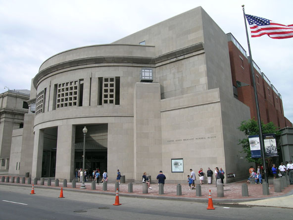 History: The U.S. Holocaust Memorial Museum | Great ...